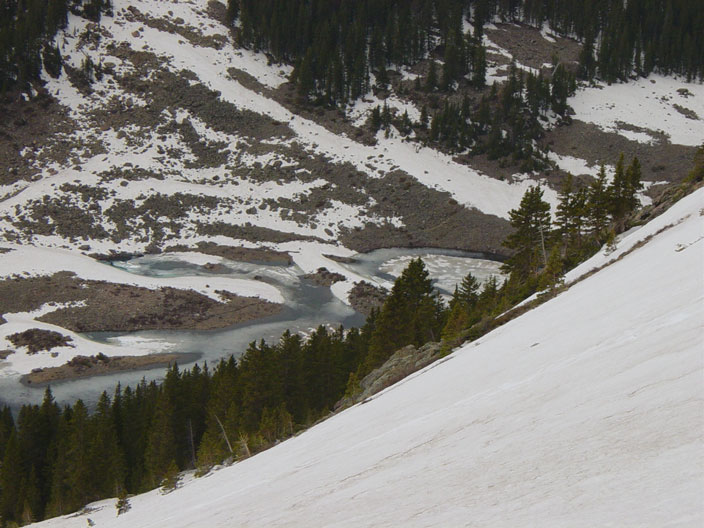 Snow slope into Williams Lake basin